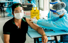 Bộ Y tế tạo điều kiện để TP.HCM thí điểm rút gọn quy trình tiêm chủng vaccine Covid-19