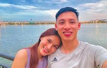 Tiền vệ tuyển Việt Nam nhờ vợ cắt tóc