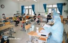 Thần tốc tiêm vaccine đại trà cho người dân ở TP.HCM