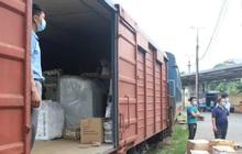 """Chuyến tàu từ Hà Nội chở hơn 10 tấn thiết bị y tế """"chi viện"""" cho tâm dịch TP Hồ Chí Minh"""
