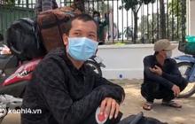 """Đi nhờ xe rau từ Thanh Hóa vào TP.HCM thăm vợ mang bầu, người đàn ông bị """"mắc kẹt"""" tại chốt kiểm soát dịch"""