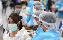Trung Quốc nâng cảnh báo dịch, đóng cửa du lịch nhiều khu vực