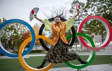"""Siêu fan Nhật Bản 30 năm dự không sót kỳ Olympic nào, quyết tâm biến nhà thành """"nhà thi đấu"""""""