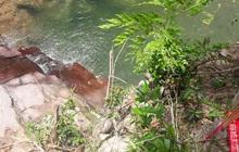 Rủ nhau đi chơi, 3 học sinh bị đuối nước thương tâm ở khe suối