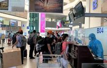 """Chuyến bay """"tốc hành"""" đưa đoàn công tác của Bệnh viện Bạch Mai đến TP.HCM"""