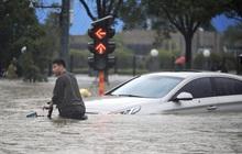 Số nạn nhân thiệt mạng do lũ lụt ở Trung Quốc tăng gấp 3 lần, lên hơn 300 người