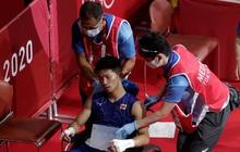 """Võ sĩ Nhật Bản vẫn giành chiến thắng tại Olympic Tokyo dù bị đấm đến """"suýt chết"""", phải rời nhà thi đấu trên xe lăn"""