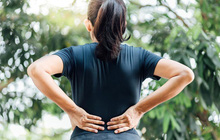 3 dấu hiệu bất thường ở vùng lưng cho thấy tế bào ung thư gõ cửa, mong rằng bạn không có triệu chứng nào