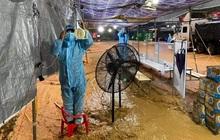 Cảm động hình ảnh lực lượng tuyến đầu Lâm Đồng làm việc trong tình cảnh nước lũ, lốc xoáy