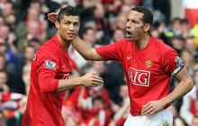 """Huyền thoại MU ngứa mắt vì Ronaldo """"nhoi nhoi"""" bên đường biên chỉ đạo như HLV"""