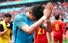 """Báo Trung Quốc cáo buộc """"động trời"""", phụ huynh phải ngủ với HLV để con được đá bóng?"""