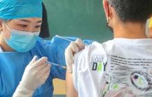 Trung Quốc bắt đầu tiêm mũi vaccine Covid-19 tăng cường