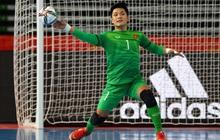 [Trực tiếp Futsal World Cup] Việt Nam 0-0 CH Czech: Thủ môn điển trai Hồ Văn Ý thi đấu tuyệt vời!!