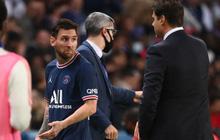 Messi bực bội không buồn chạm tay với HLV Pochettino vì bị thay ra