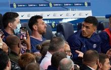 Messi dính liên hoàn phốt thái độ: Hết từ chối bắt tay HLV rồi đến hờ hững với bàn thắng quý giá phút 90+3' của đồng đội