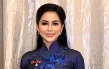 Phu nhân tỷ phú Johnathan Hạnh Nguyễn nhận tước Hiệp sĩ, thần thái và nhan sắc tuổi 51 hút trọn mọi ánh nhìn