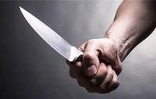 Hà Nội: Mâu thuẫn trong việc vay tiền, bố đâm chết con trai rồi đi đầu thú