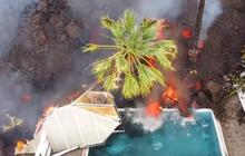 Núi lửa La Palma ở Tây Ban Nha phun trào, dung nham tràn ra khắp các đường phố