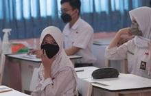 Hàng ngàn học sinh và giáo viên Indonesia mắc Covid-19 sau khi quay trở lại trường học