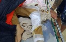 Hà Tĩnh: Mưa lớn gây sạt lở đất khiến 2 cháu nhỏ bị thương