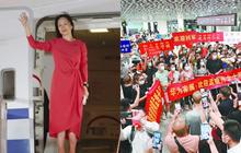 """Trung Quốc chào đón """"đại công chúa Huawei"""" về nước như người hùng: 100 triệu người xem trực tiếp, fan hâm mộ đứng vây kín sân bay"""