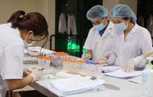 Hà Nội, sáng thứ hai liên tiếp không ca mắc Covid-19 mới, 96,15% người trên 18 tuổi đã tiêm mũi 1