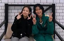 Jennie ghé trường quay Squid Game, giúp cô bạn thân Jung Ho Yeon lập kỷ lục mới trên Instagram cá nhân
