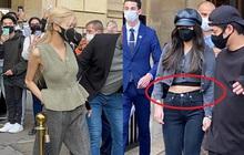 """BLACKPINK gây náo loạn đường phố Paris: Jisoo bị cam thường """"bóc"""" vòng eo kém thon, Rosé lại phô diễn trọn vẹn body đỉnh cao"""