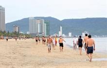 Người dân Đà Nẵng được tắm biển, đi chợ, các cơ sở cắt tóc, gội đầu hoạt động trở lại từ 0h ngày 30/9