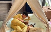 """Cường Đô La tổ chức cắm trại tại gia chào mừng thành viên mới, thái độ của Subeo và Suchin với """"em"""" thế nào?"""