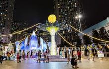 Ngắm đèn lồng hoa đăng khổng lồ, tận hưởng không gian Trung thu rực rỡ sắc màu ở Vincom