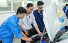 """""""Bí kíp"""" học ngành Công nghệ kỹ thuật ô tô: Bản lĩnh hơn từ hệ thống thực hành chuyên nghiệp"""