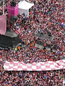 Biển người chào đón Modric và đội tuyển Croatia sau hành trình kỳ diệu ở World Cup 2018