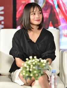 """""""Hot girl bóng đá"""" Hoàng Thị Loan: Tôi yêu người kém tuổi hay yêu xa cũng được, chỉ cần chững chạc"""