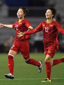 [Trực tiếp chung kết bóng đá nữ] Việt Nam 1-0 Thái Lan: VÀO!!! Hải Yến ghi bàn cho các cô gái Việt Nam!!
