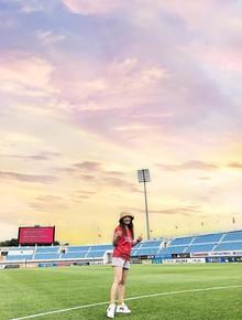 """Nhìn hình Bảo Thanh đi Hàn Quốc mà không phân biệt được thực - ảo, nhiều fan còn đùa: """"danh hiệu nữ hoàng chỉnh ảnh Vbiz chính là của chị!"""""""