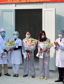 """Thêm 2 bệnh nhân nhiễm Covid-19 ở Vĩnh Phúc được xuất viện: """"Đã hoàn thành phác đồ điều trị, nhưng vẫn phải được theo dõi tại nhà"""""""