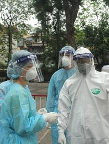 Hà Nội: Lập chốt kiểm soát để giám sát người dân chấp hành chỉ đạo; tổ chức chốt xét nghiệm nhanh Covid-19 tại một số cửa ngõ chính