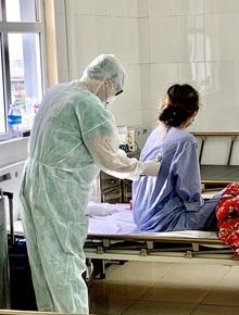 Nữ du học sinh ở Quảng Ninh dương tính sau 2 lần âm tính với SARS-CoV-2, chuyên gia lên tiếng