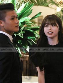 Hot: Quang Hải đưa Huỳnh Anh vào Sài Gòn dự lễ trao giải Quả bóng vàng Việt Nam 2020
