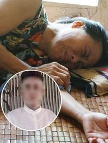 Bố mẹ khóc ngất đón thi thể con trai nghi bị bạn cùng phòng sát hại bên Nhật Bản về nước