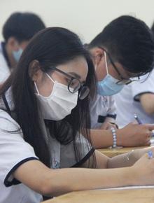 Thi tốt nghiệp THPT Quốc gia 2020: Hết 2/3 thời gian làm bài thi Ngữ văn, đề thi là gì?