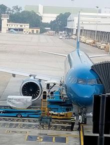 Nhân viên kỹ thuật máy bay bị sét đánh tử vong tại sân bay Nội Bài