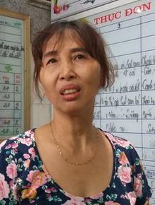 Mẹ bé gái lớp 1 đứng nắng trước cổng trường ở Hải Phòng thừa nhận: Đoạn clip trên mạng xã hội quay 2 mẹ con là thật, vì xót con nên có nói không đúng sự thật