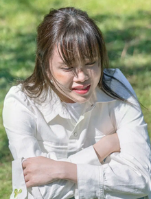 """Bạn thân hé lộ tình trạng của Thiều Bảo Trâm vào đêm Sơn Tùng lộ diện, nhắn gửi ai đó: """"Đừng dùng duyên phận để bao biện cho sự phụ bạc"""""""
