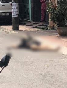 Hải Phòng: Cháu đâm bác gái đến tử vong, thi thể nạn nhân nằm bên đường còn găm chặt con dao gây án