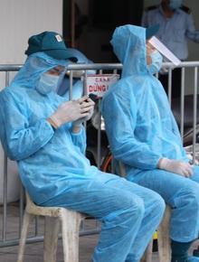 Bác sĩ Bệnh viện Phổi TW dương tính SARS-CoV-2 đi cùng chuyến bay với vợ chồng Giám đốc Hacinco