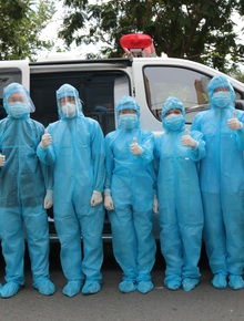 TP.HCM: 40 đội Y tế được tăng cường đến chung cư Sunview Town để lấy 6.000 mẫu xét nghiệm Covid-19
