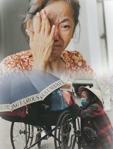 """Gặp người vợ gục khóc cạnh xe lăn của chồng từng được Giang Kim Cúc giúp đỡ: """"Cô Cúc không liên lạc nữa, giờ cô chỉ mong được đi bán vé số lại"""""""