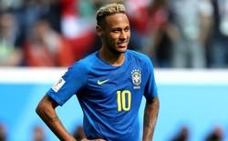 Neymar chỉ biết cười gượng khi công nghệ VAR không cho Brazil hưởng phạt đền